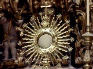 Notre Dame Fire Shows Media's Ignorance of Catholicism Hurts Catholics, TeresaTomeo.com
